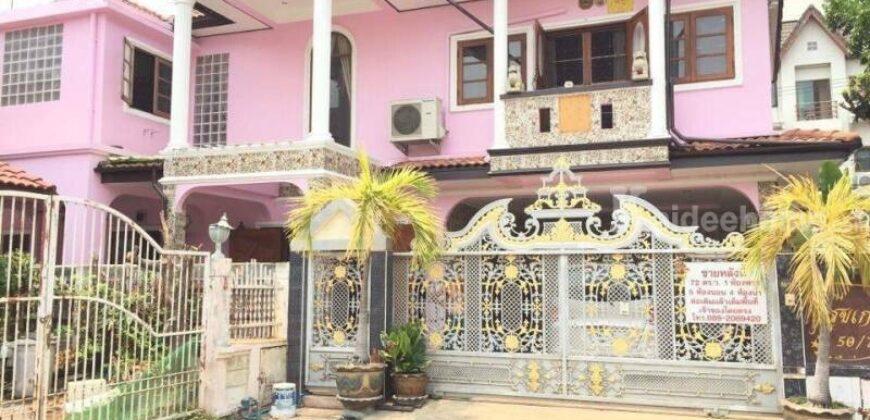 บ้านเดี่ยว 2 ชั้น สวย ในหมู่บ้าน สถาพร 72 ตารางวา