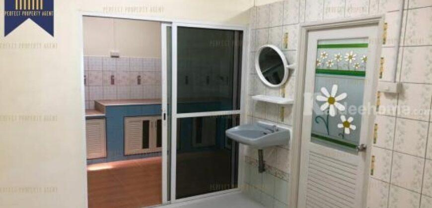 ทาวเฮ้าส์ 2 ชั้น 2 ห้องนอนในบางเมือง เทพารักษ์วิลล่า