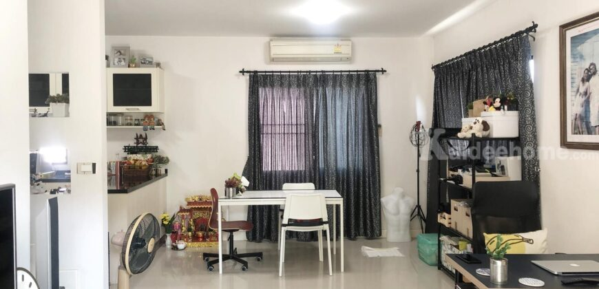 ขายบ้านแฝด ราคามิตรภาพ สภาพสวย พร้อมพัฒน์ ไพร์ม 49 ตรว. ถ.ปัญญาอินทรา