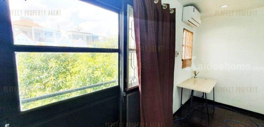 ทาวน์โฮมลาซาลเพลส ใกล้รถไฟฟ้า เดินทางสะดวก โครงการ : ลาซาลเพลส
