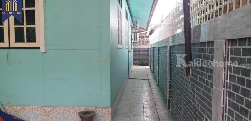 บ้านเดี่ยว 1 ชั้น พร้อมอยู่ ม.เยาวพรรณ บางกร่าง นนทบุรี โครงการ : เยาวพรรณ ที่ตั้ง : ตำบลบางกร่าง อำเภอเมืองนนทบุรี นนทบุรี