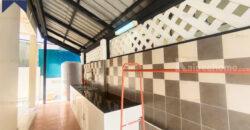 บ้านแฝด สิรินเฮ้าส์ บางนา-ตราด รีโนเวทใหม่ พร้อมอยู่ โครงการ : สิรินเฮ้าส์ ที่ตั้ง : ถนนบางนาตราด ตำบลบางบ่อ อำเภอบางบ่อ สมุทรปราการ
