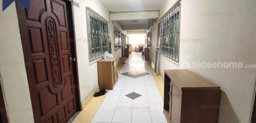 อพาร์ทเมนท์ แมนชั่น ใกล้สนามหลวง ถนนข้าวสาร เหมาะกับการลงทุน ปล่อยเช่า มีเฟอร์ฯ ครบ (ผู้เช่าเต็ม) ที่ตั้ง : ถนนพระสุเมรุ แขวงบวรนิเวศน์ เขตพระนคร กรุงเทพมหานคร