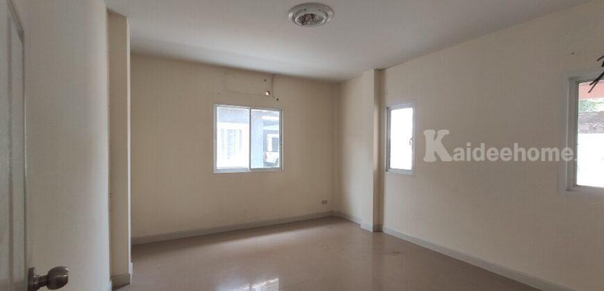 บ้าน 5 ห้องนอน พื้นที่ใช้สอยกว้างขวางโครงการหมู่บ้านซื่อตรง รังสิต-คลอง 3 (เฟส 4) ซอย 20 แบบ 5 ห้องนอน 3ห้องน้ำ 3ที่จอดรถ พร้อมบิวท์อินครัว