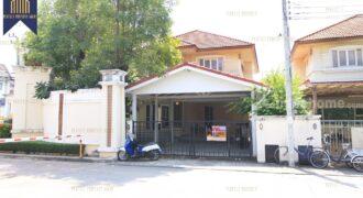 บ้านเดี่ยว กรองทอง วิลล่าพาร์ค กรุงเทพกรีฑา พระราม 9 โครงการ : กรองทอง วิลล่าพาร์ค ที่ตั้ง : ถนนกรุงเทพกรีฑา แขวงหัวหมาก เขตบางกะปิ กรุงเทพฯ