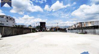 ที่ดินพร้อมโกดัง โรงงาน พื้นที่เหลือง ติดถนนพัฒนาการ ที่ตั้ง : ถนนพัฒนาการ แขวงประเวศ เขตประเวศ กรุงเทพมหานครฯ