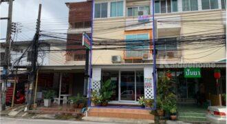 ขายอาคารพาณิชย์ 3 ชั้น พร้อมกิจการร้านนวดไทย ใกล้โรงพยาบาลกรุงเทพ ระยอง ทำเลดีเหมาะค้าขายหรือทำธุรกิจ
